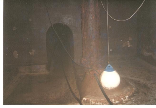 U8 Inside Empty Reservoir Gib 036 (2)