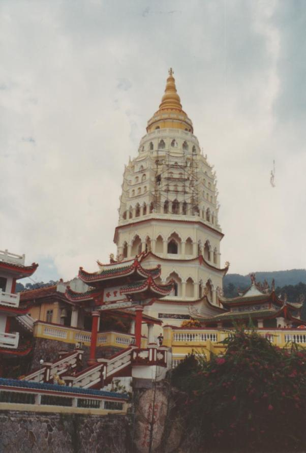 largest-temple-001